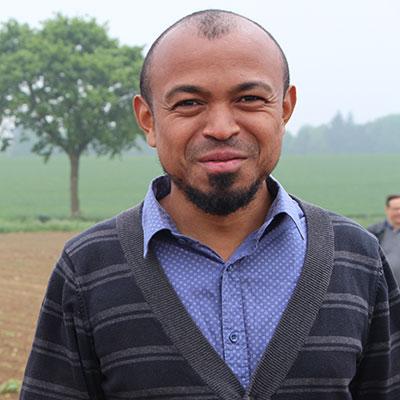 Sitraka-Andrianarisoa Enseignant chercheur à l'école d'Ingénieurs en agriculture ISA YNCREA Lille